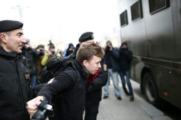 Λευκορωσία: Αγωνία για την τύχη του δημοσιογράφου μετά την αεροπειρατεία