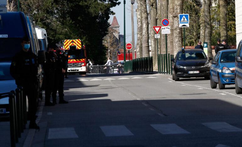 Συνελήφθη ο πρώην στρατιωτικός που είχε ανοίξει πυρ κατά αστυνομικών στη Γαλλία