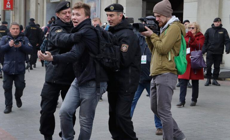 Τα λεπτά αγωνίας του Ρομάν Προτάσεβιτς όταν κατάλαβε ότι η πτήση της Ryanair θα εκτραπεί στο Μινσκ