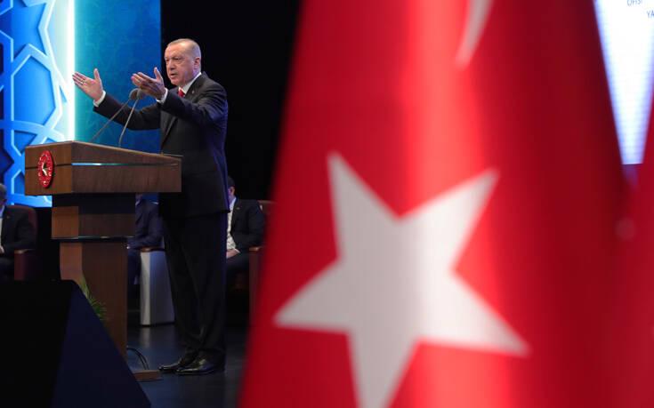 Reuters: Η Τουρκία πίεσε το ΝΑΤΟ να αντιδράσει ήπια κατά της Λευκορωσίας για την πτήση της Ryanair