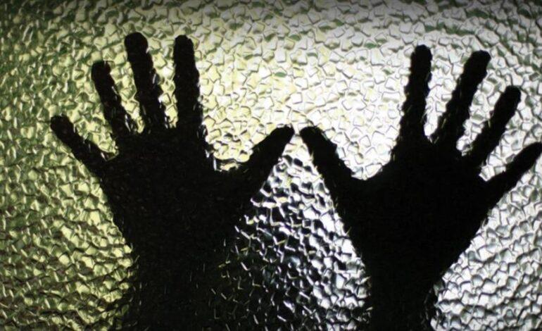 Πατριός βίαζε επί 2 χρόνια την ανήλικη κόρη του – Δεν γνώριζε η μητέρα