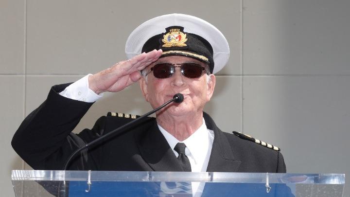 Πέθανε ο Γκάβιν Μακλάουντ, ο «τηλεοπτικός» καπετάνιος από «Το πλοίο της αγάπης»