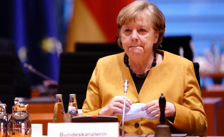 Γερμανία: Η Μέρκελ θέλει να συνεργαστεί «στενά» με τον νέο πρωθυπουργό του Ισραήλ