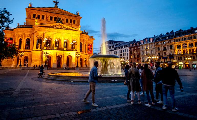 Γερμανία: Πλησιάζουν τις 90.000 οι νεκροί από τον κορονοϊό