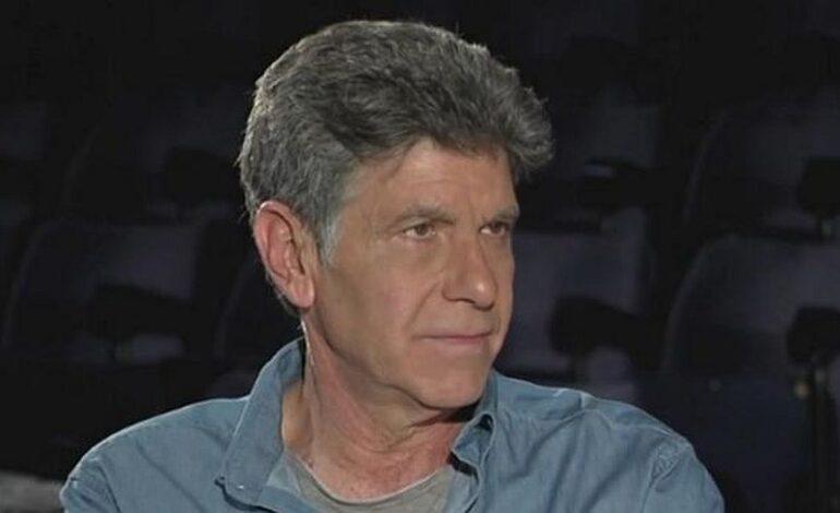 Γιάννης Μπέζος: Προτιμώ την αμηχανία του Χειλάκη παρά τη δήθεν αυθεντία