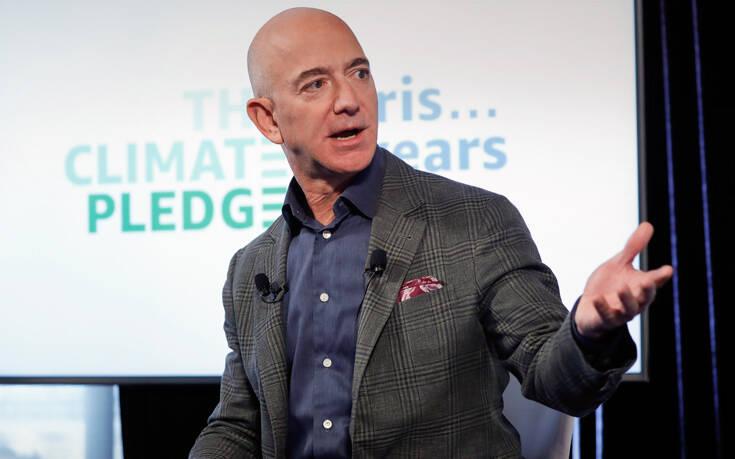 Διακοπές στη Μύκονο κάνει ο ιδρυτής της Amazon Τζεφ Μπέζος
