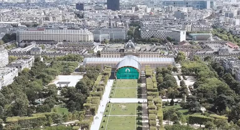 Εγκαινιάστηκε στο Παρίσι το «Εφήμερο Grand Palais»