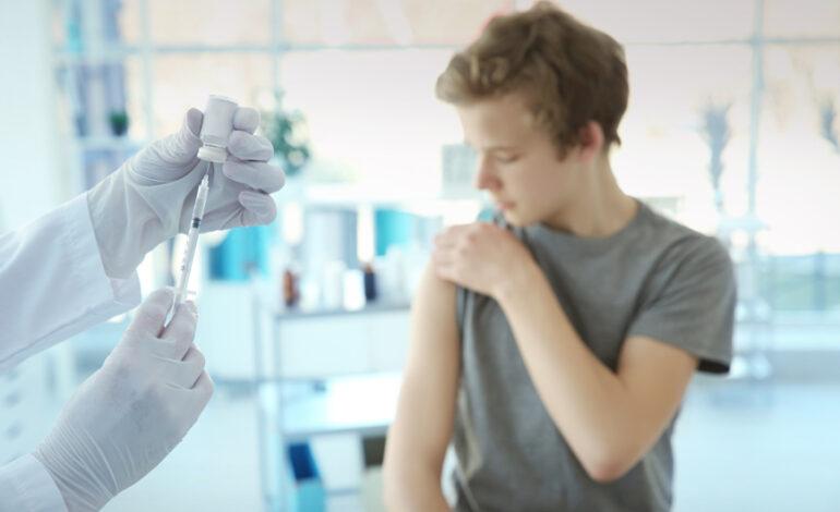 Η Ελβετία ενέκρινε το εμβόλιο της Pfizer για τα παιδιά 12-15 ετών