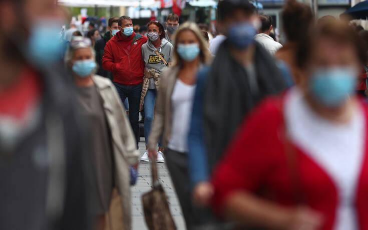 «Καμπανάκι κινδύνου» για τέταρτο κύμα κορονοϊού λόγω μείωσης της προθυμίας εμβολιασμού