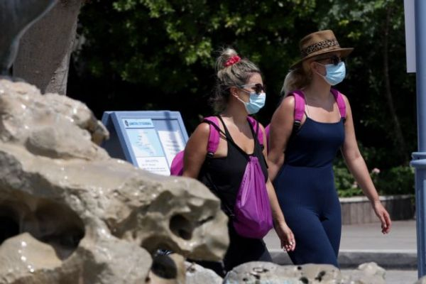 Κοροναϊός: Έντονη ανησυχία για την εξάπλωση της μετάλλαξης Δέλτα – Απειλεί και τον ελληνικό τουρισμό