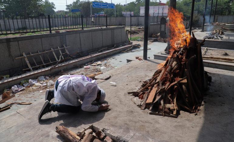 Κορονοϊός: Σχεδόν 2.800 θάνατοι στην Ινδία, πάνω από 127.500 νέα κρούσματα