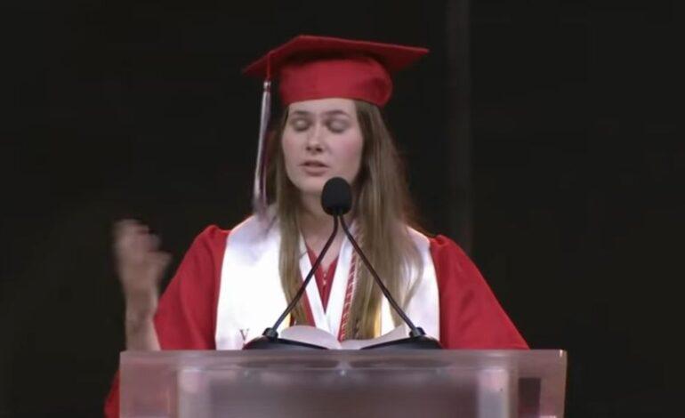 Μαθήτρια στο Τέξας γίνεται viral με την παθιασμένη ομιλία της για την άμβλωση