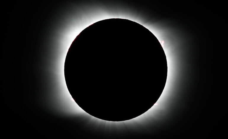 Μερική έκλειψη ηλίου την Πέμπτη 10/6 – Πού θα είναι ορατό το «δαχτυλίδι του ηλιακού φωτός»