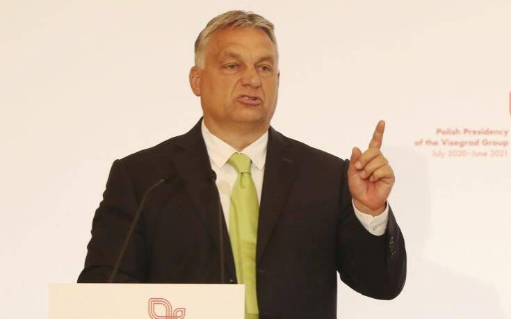 Ουγγαρία: Το κόμμα του Όρμπαν τάσσεται κατά της «προώθησης» της ομοφυλοφιλίας στους ανηλίκους