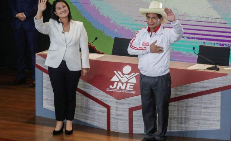 Περού: Σκληρή μάχη μεταξύ Καστίγιο και Φουχιμόρι στον δεύτερο γύρο των προεδρικών εκλογών