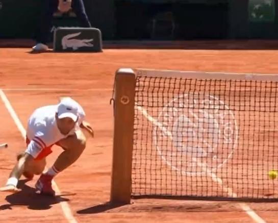 Στέφανος Τσιτσιπάς: «Ατύχημα» για τον Τζόκοβιτς στον τελικό του Roland Garros