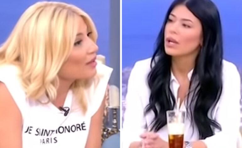Φαίη Σκορδά σε Αφροδίτη Λατινοπούλου: «Πιστεύεις ότι έτσι θα κάνεις καριέρα;»