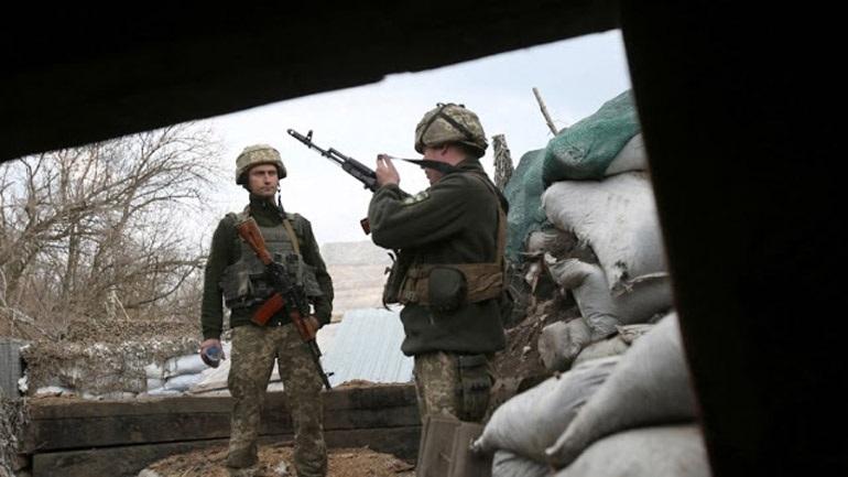 Νέες μάχες στην ανατολική Ουκρανία με 4 νεκρούς