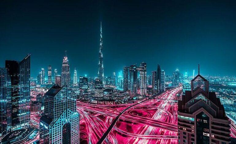 Glow: Εντυπωσιακό το νυχτερινό Ντουμπάι με τον φακό του Xavier Portela