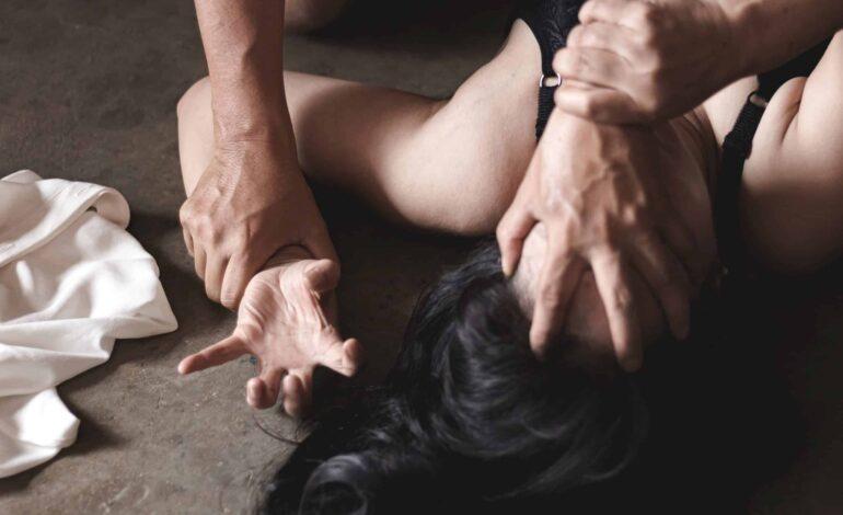 Ρόδος: «Μου είπε ότι θα με σκοτώσει όπως έκανε ο πιλότος» – 39χρονος Αλβανός κατηγορείται για το βιασμό της συζύγου του