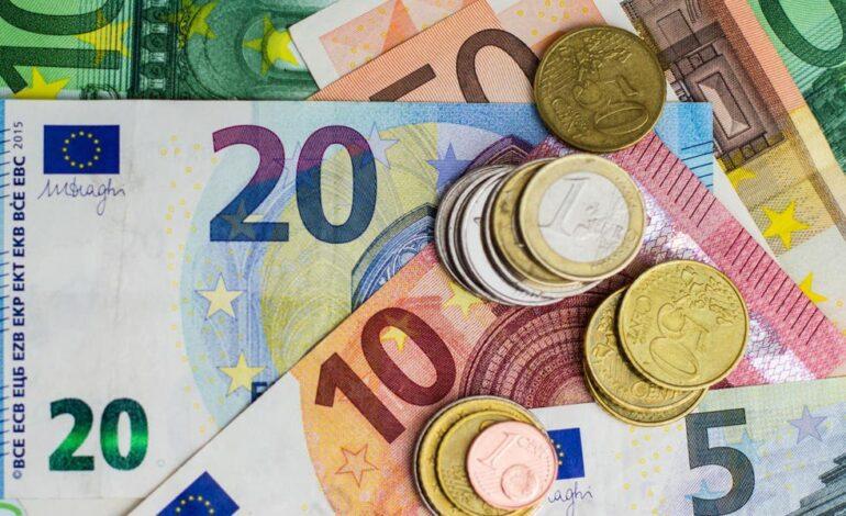 Το «πείραμα» της Γερμανίας: Δίνουν 1.200 ευρώ βασικό εισόδημα, χωρίς καμία υποχρεώση