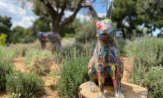 Αγάλματα από απορρίματα στο TATOÏ Club