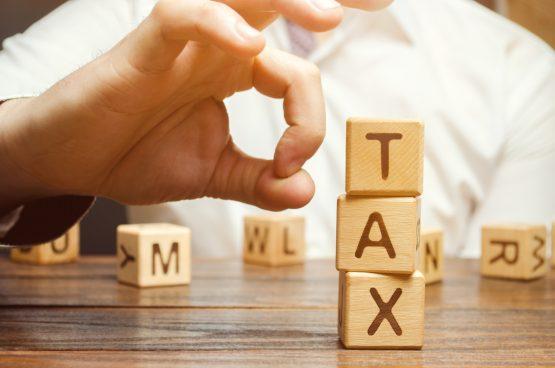 Φορολογούμενοι θα δουν τα εκκαθαριστικά τους σημειώματα «ξεφουσκωμένα»