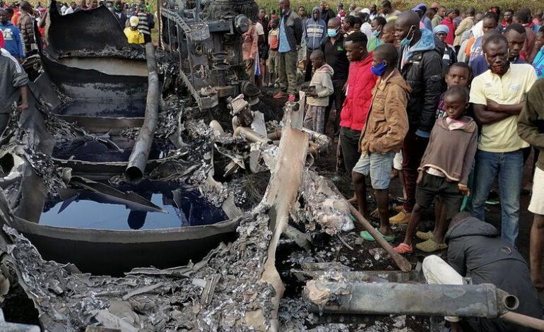 Δεκατρείς νεκροί από έκρηξη βυτιοφόρου στην Κένυα