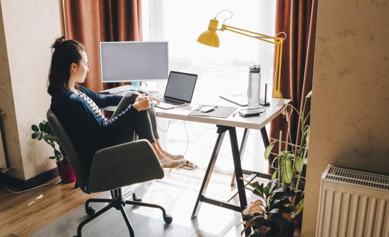 Εικονικός βοηθός: Τι είναι και τι μπορεί να κάνει για σένα