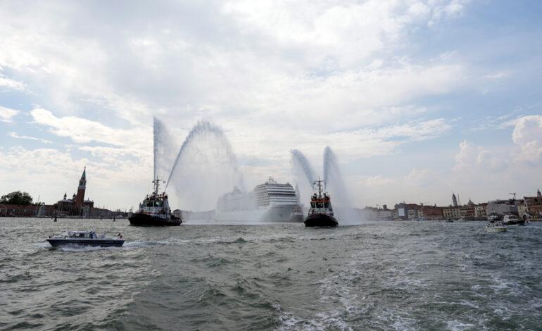 Η απειλή της UNESCO και οι σκέψεις για απαγόρευση των κρουαζιερόπλοιων στο Μεγάλο Κανάλι της Βενετίας