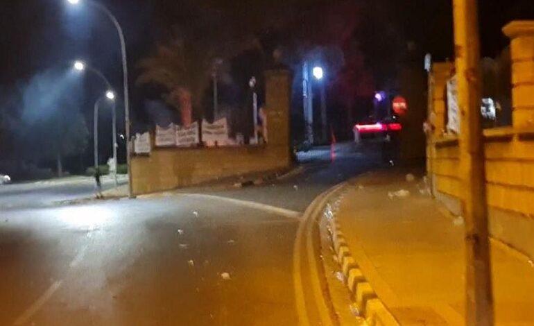 Κύπρος: Επίθεση στο προεδρικό Μέγαρο της Κύπρου από αρνητές των μέτρων κατά του κορονοϊού