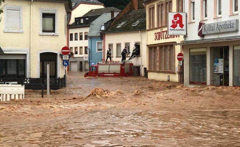 Ολλανδία: Πλημμυρισμένα ποτάμια απειλούν κατοικημένες περιοχές