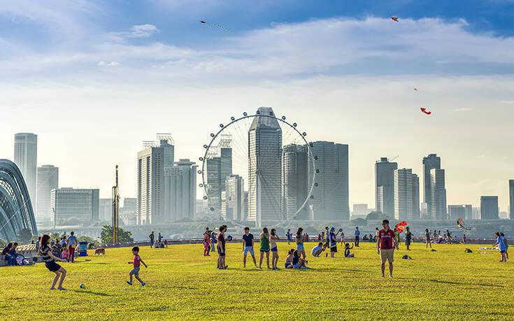 Σιγκαπούρη: Ο «οδικός χάρτης» κατά της πανδημίας που μπορεί να γίνει μοντέλο και για άλλες χώρες