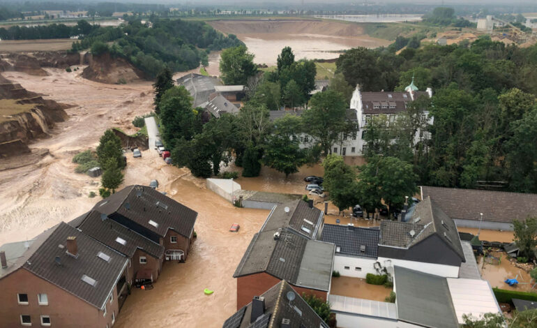 Σοκ στη Γερμανία: Τουλάχιστον 103 οι νεκροί, βιβλική η καταστροφή
