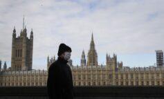 Η Αγγλία ανοίγει για τους πλήρως εμβολιασμένους τουρίστες