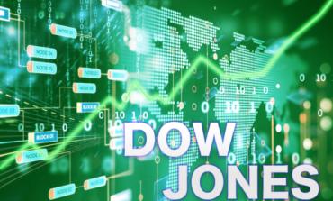 Τριπλό ρεκόρ στη Wall Street - Ράλι 448 μονάδων ο Dow Jones