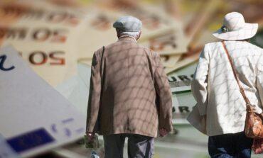 """Βαριές """"καμπάνες"""" για συνταξιούχους που εργάζονται και δεν το δηλώνουν"""
