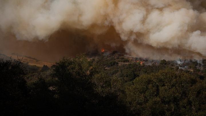 ΗΠΑ: Μεγάλες δασικές πυρκαγιές στην Καλιφόρνια