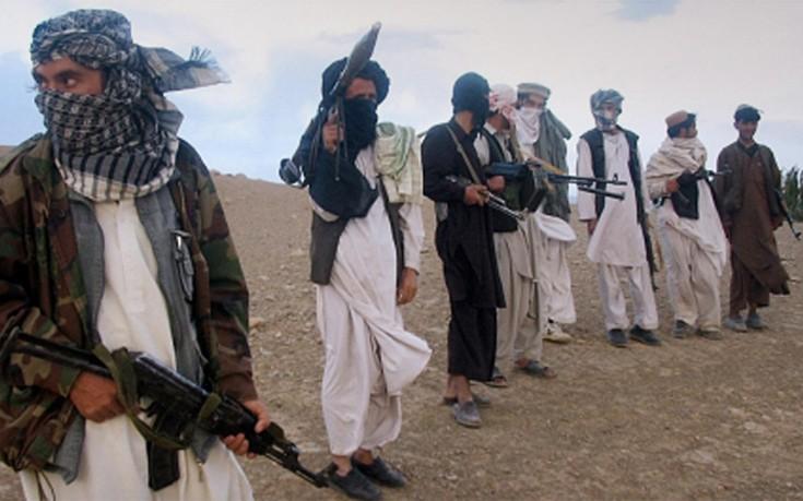 Αφγανιστάν: Εκατοντάδες μουτζαχεντίν Ταλιμπάν κατευθύνονται προς την Κοιλάδα του Πανσίρ