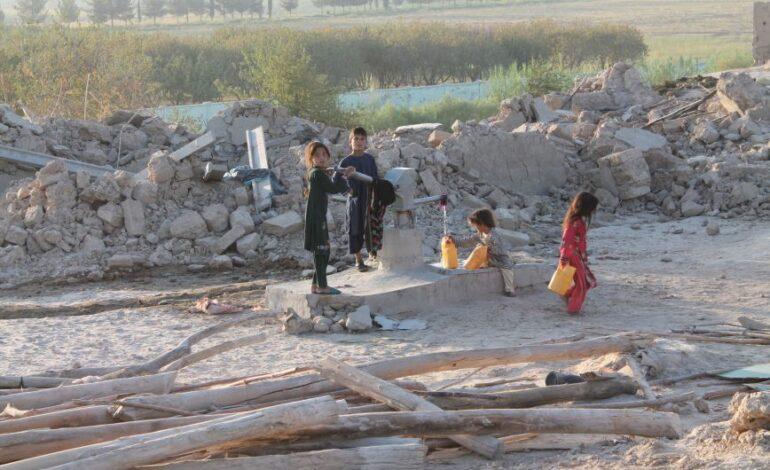 Αφγανιστάν: Μαζικές αναφορές για αγνοούμενα παιδιά στο χάος του αεροδρομίου της Καμπούλ