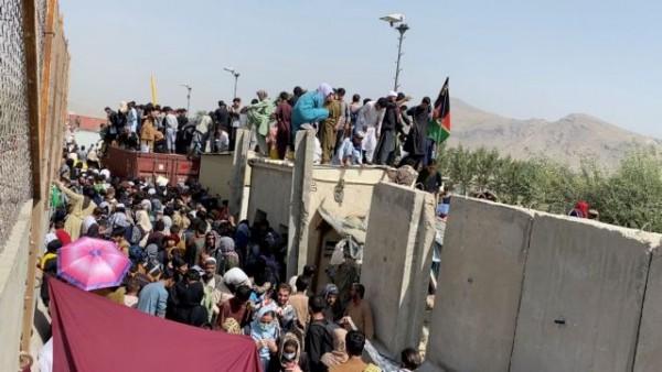 Αφγανιστάν –  Υπάρχουν 10 εγκλωβισμένοι Αφγανοί που διαμένουν νόμιμα στην Ελλάδα