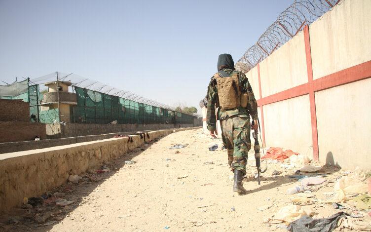 Κινητικότητα βετεράνων Αφγανών αρχηγών για τη συγκρότηση μετώπου διαπραγματεύσεων με τους Ταλιμπάν