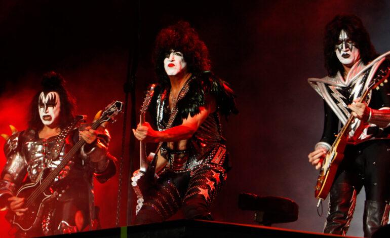 Οι KISS ακύρωσαν τη συναυλία τους στην Πενσυλβάνια – Θετικός στον κορονοϊό ο Πολ Στάνλεϊ