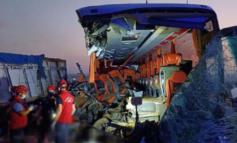 Τουρκία: Σοκαριστική σύγκρουση λεωφορείου με φορτηγό – 9 νεκροί