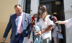 Γλυφάδα: Επιμένει στην αθωότητά της η Αφροδίτη Μπάρμπα – «Να γίνουν εξετάσεις στην κοπέλα» λέει ο Κούγιας