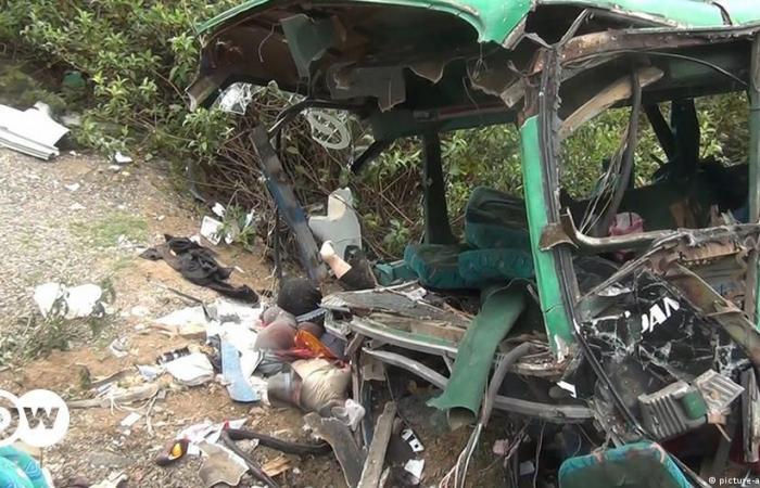 Περού: Πτώση λεωφορείου σε χαράδρα – Τουλάχιστον 15 νεκροί