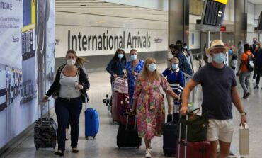 CDC: Η Ελλάδα ανάμεσα στις χώρες που πρέπει να αποφεύγουν οι Αμερικανοί λόγω κορωνοϊού