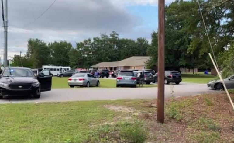 Ασύλληπτη τραγωδία: Δίδυμα αγοράκια βρέθηκαν νεκρά σε όχημα έξω από παιδικό σταθμό