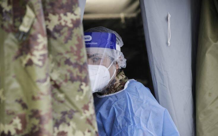 Ιταλία: Νοσηλεύτρια παύθηκε των καθηκόντων της και θα περάσει από πειθαρχικό