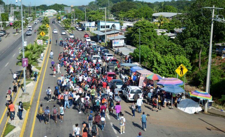 Μεξικό: Νέο καραβάνι με μετανάστες αναχώρησε με προορισμό τις ΗΠΑ
